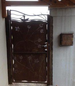 Porte métallique
