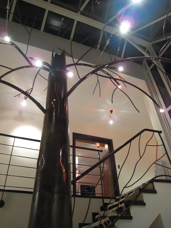 Garde corps Design en métal et arbre, Desnis Spiehlmann